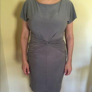 Short sleeve touched waist dress